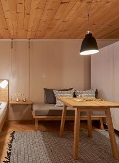 peak of tranquillity room